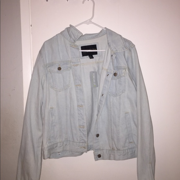 Forever 21 Jackets & Blazers - Forever 21 Denim Jacket
